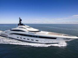 yacht-my-crn-yalla-73m
