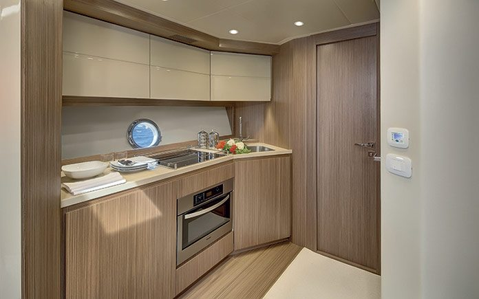 azimut-atlantis-50-galley