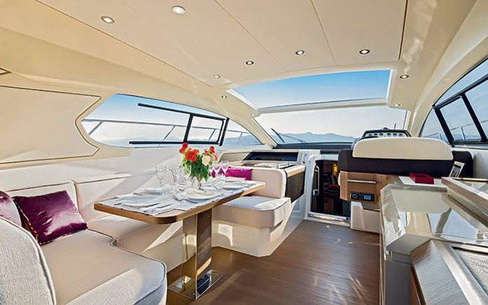 azimut-atlantis-50-salon