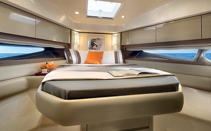 azimut-atlantis-50-vip-cabin