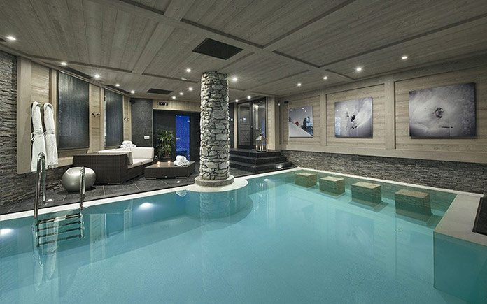 chalet-black-pearl-pool