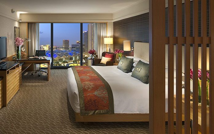 mandarin-oriental-singapore-room-1