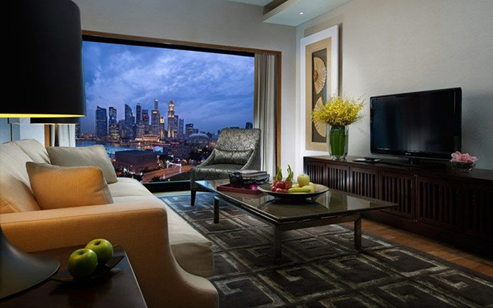 mandarin-oriental-singapore-suite-bay-suite-living-room-1