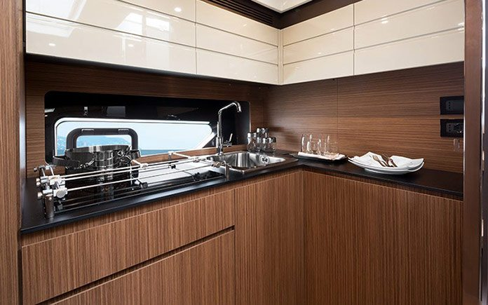 yacht-azimut-atlantis-43-galley