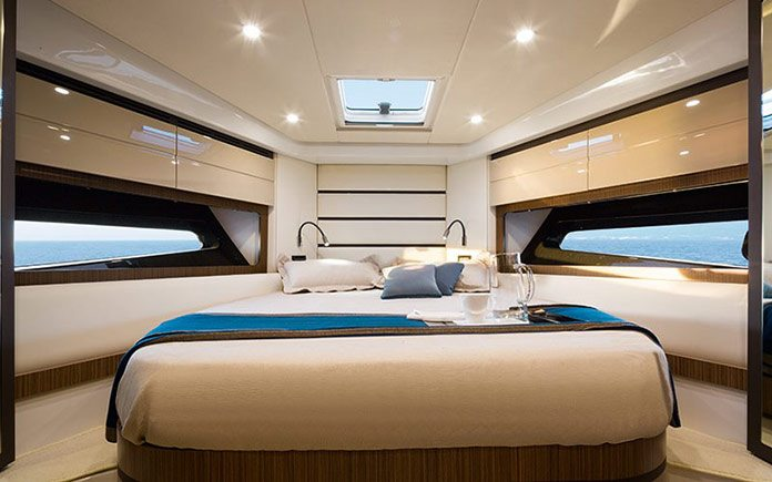 yacht-azimut-atlantis-43-master-cabin