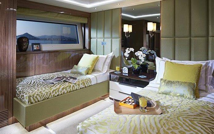 yacht-sunseeker-131-guest-twin