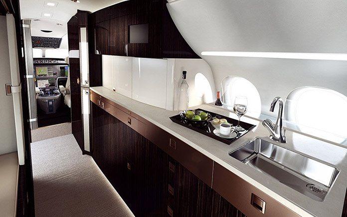 private-jet-dassault-falcon-8x-11
