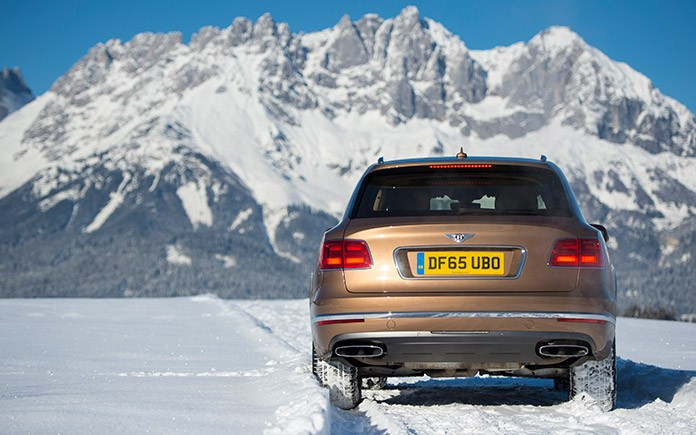 bentley-bentayga-makes-alpine-debut-in-kitzbuhel-2