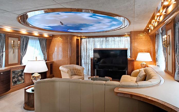 yacht-amer-cento-sitting-room-2