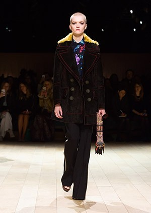 Burberry-Womenswear-February-2016-Collection—Look-21