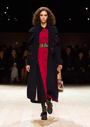 Burberry-Womenswear-February-2016-Collection—Look-28