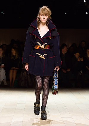 Burberry-Womenswear-February-2016-Collection—Look-30