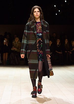 Burberry-Womenswear-February-2016-Collection—Look-5