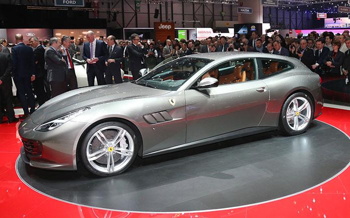 Ferrari GTC4 Lusso at Geneva Motor Show 3