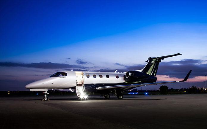 embraer-phenom-300-parked