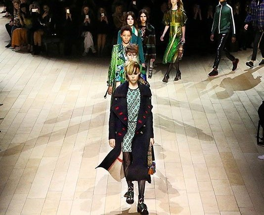 burberry-womenswear-february-2016-collection-general