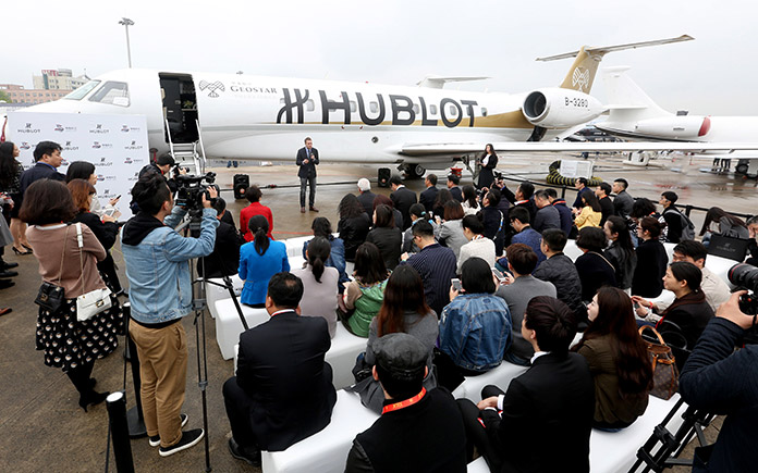 5-hublot-joins-hands-with-sino-jet-to-lead-the-premium-flying-experiences