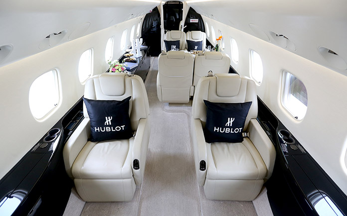 8-hublot-joins-hands-with-sino-jet-to-lead-the-premium-flying-experiences