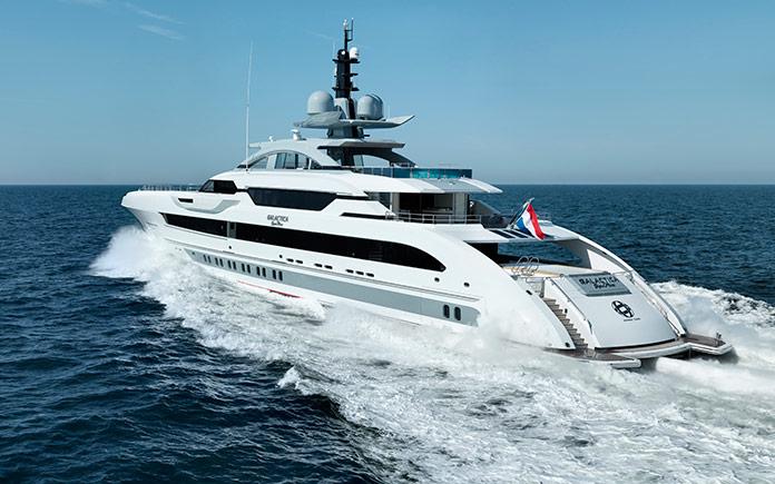 heesen-yachts-galactica-super-nova-yacht-sea-1