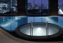palace-hotel-tokyo-swimming-pool