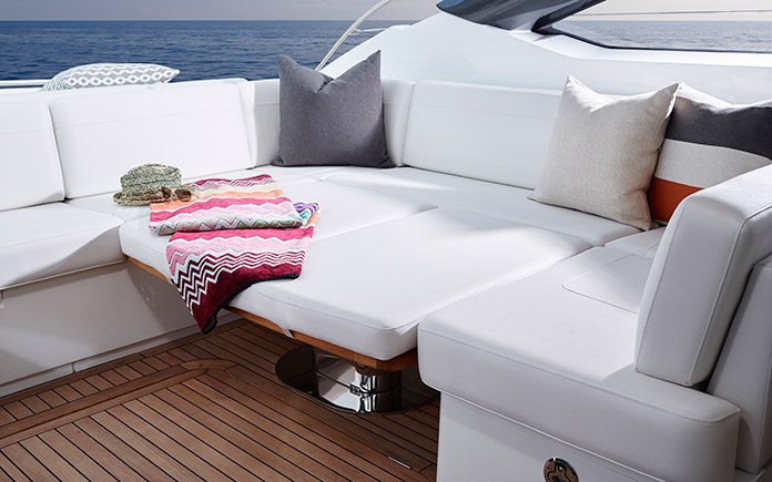 sport-yacht-princess-v58-open-1