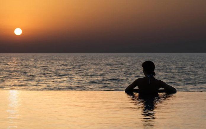 burj-al-arab-jumeirah-terrace-salt-pool-hero