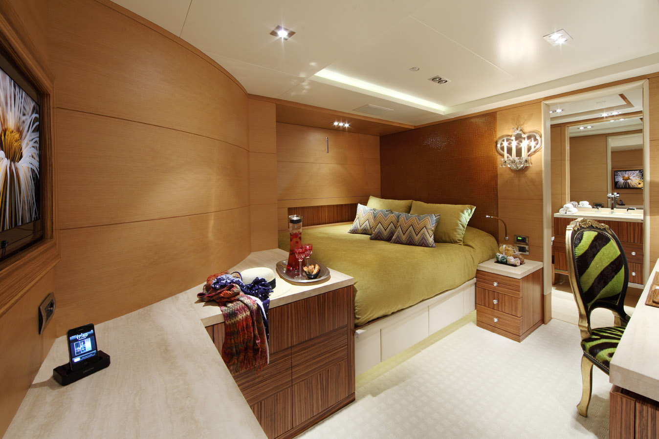 charter-benetti-vision-145-told-u-so-24