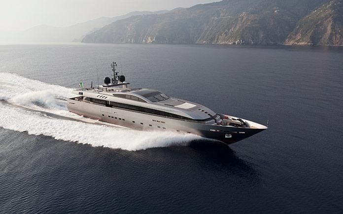 yacht-baglietto-monokini_2