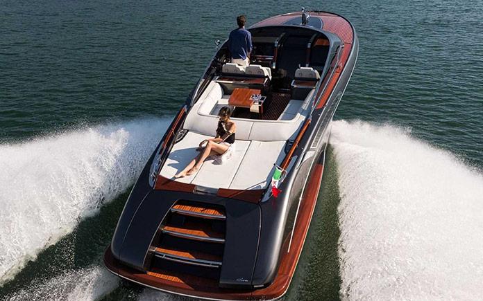 yacht-riva-rivamare-feretti-group-5