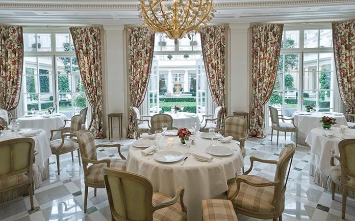 restaurant_epicure_bristol_garden_view